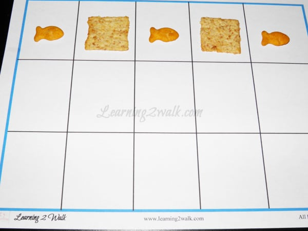 pattern mat with crackers for preschool math